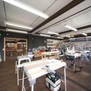 Elektrowerkzeuge, Drechselbänke sowie Maschinen - alles im Dictum-Laden in Metten