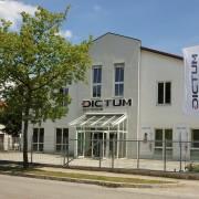 Dictum Firmensitz mit Ladengeschäft in Metten