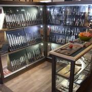 Breites Sortiment hochwertiger Messer bei Dictum in Metten